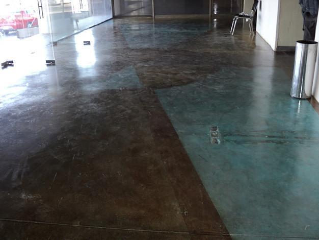 Concreto y asfalto estampado sa de cv para pisos for Piso cemento pulido blanco